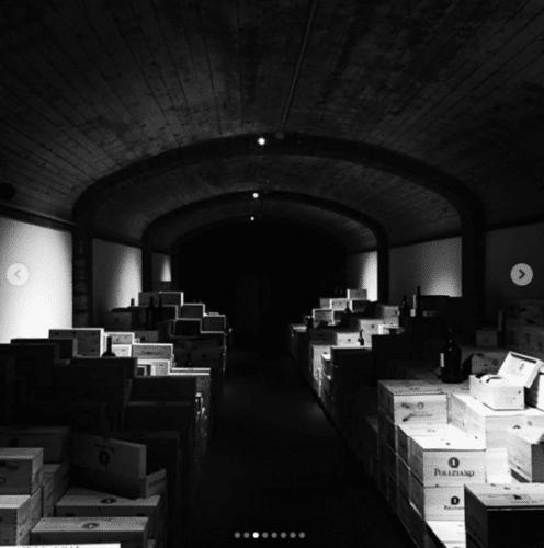 Tunnel des archives du Domaine Poliziano à Montepulciano en Toscane