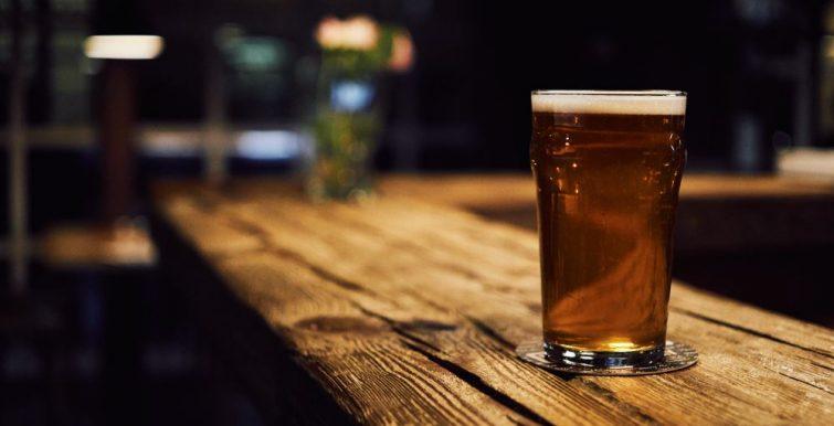 Bière dans un bar