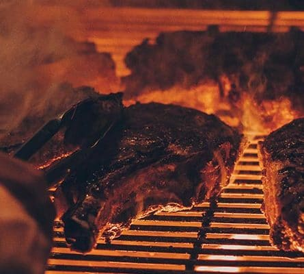 Viande sur grille de Barbecue
