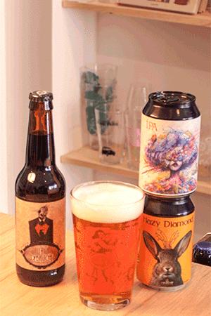 Coffret de bières artisanales avec verres brasserie La Débauche